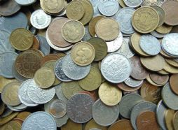 1 Kilo Mixed World Coins Choose How Many for sale